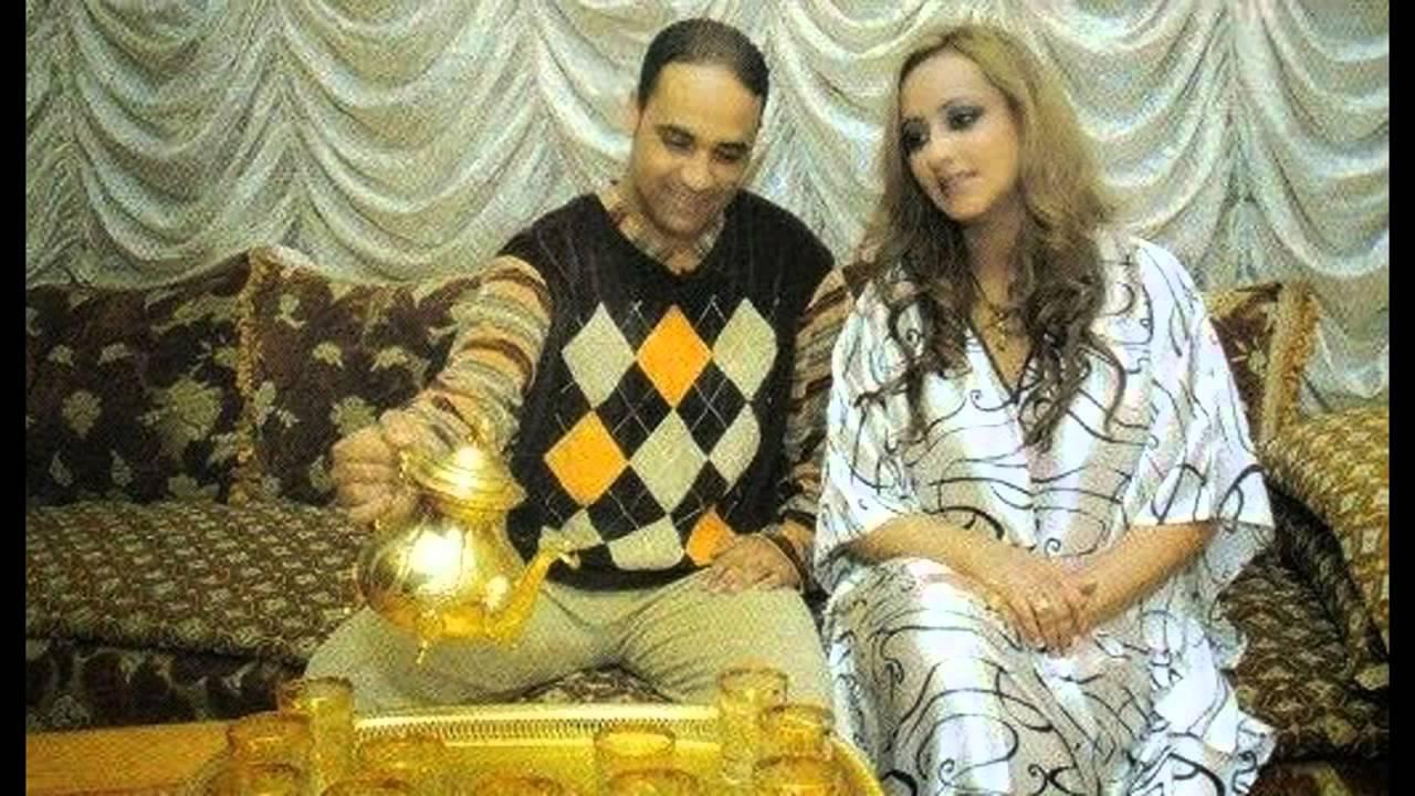 3tini saki zina daoudia avec son mari youtube. Black Bedroom Furniture Sets. Home Design Ideas