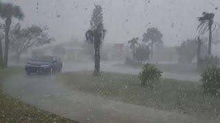 عاصفة بَرَدية رهيبة تضرب أمريكا ، كاليفورنيا