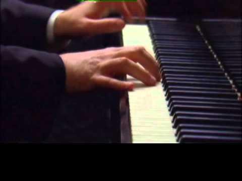 Chopin Military Polonaise : Tzvi Erez plays Chopin