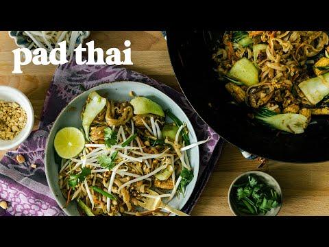 VEGGIE Pad Thai Recipe – Easy Homemade Pad Thai
