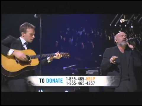Chris Martin of Coldplay and Michael Stipe - Losing My Religion Live at 121212  Sandy relief concert