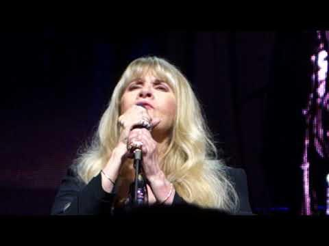 18. Stevie Nicks - Landslide (08.11.2017)