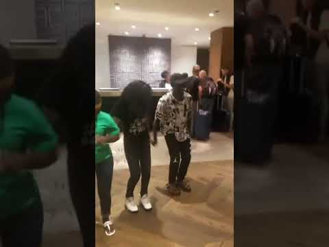 Melissa meets the triplet Ghetto kids after BET Awards thumbnail