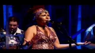 Rita Benneditto - (Rita Ribeiro: Tecnomacumba Ao vivo e em tempo)