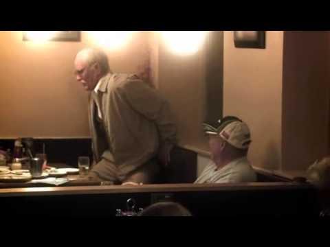 Download Bad Grandpa scene restaurant fr