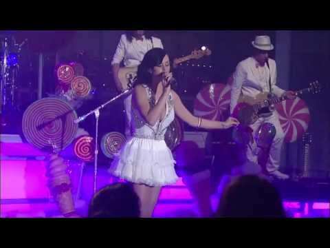 9afbee1ec04 Katy Perry - Firework - (Live at the Ed Sullivan Theater, New York City, on  the 24/08/2010)
