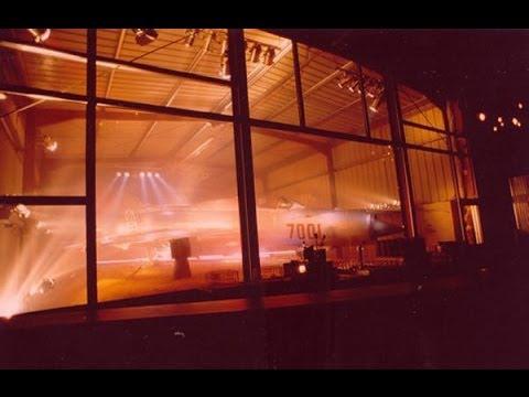 DISCOTHEQUE YALTA DJ JUERGEN WALTEMBOURG GOGO & DRAG QUEEN 1997