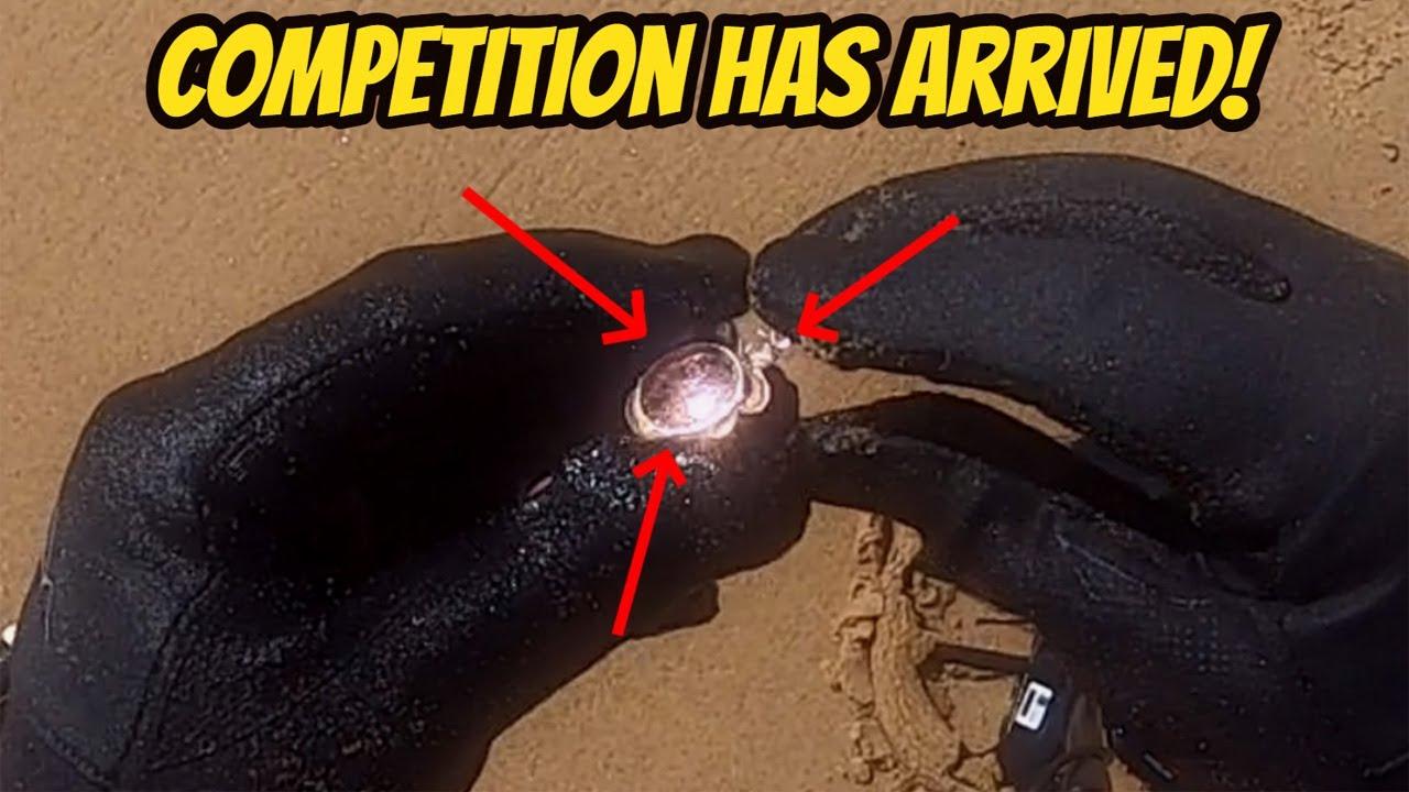 Gold and War Ammunition Found Beach Metal Detecting