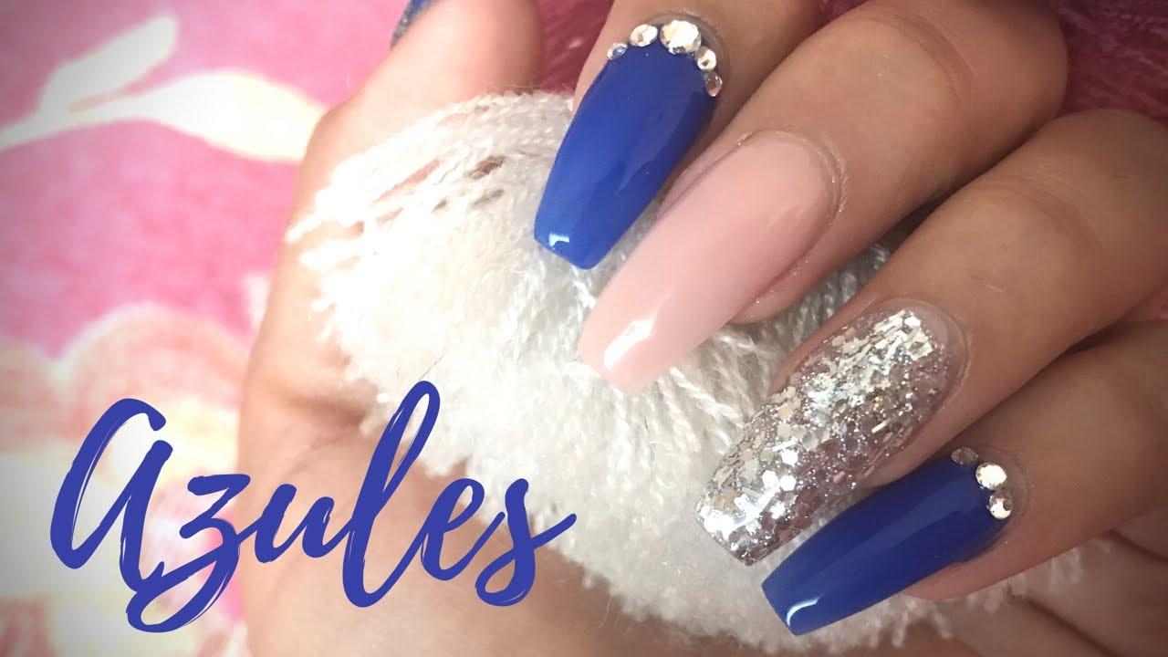 Uñas Azules Con Plata Sencillas Para Navidad Colaboración