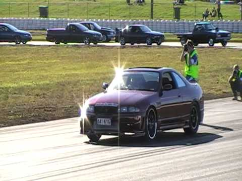 nissan r33 skyline power skid hitmup at power play 2007 2 speed automatic 800 hp atw. Black Bedroom Furniture Sets. Home Design Ideas