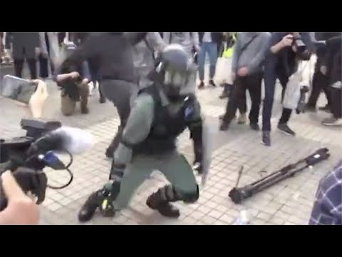 Police Attacked By Radical Protesters Amid Violent Rally In HK Edinburgh Place