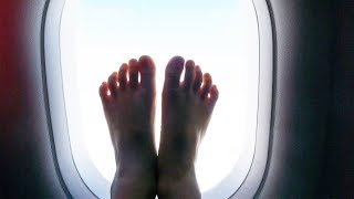 10 Things You DON'T EVER DO on an Airplane