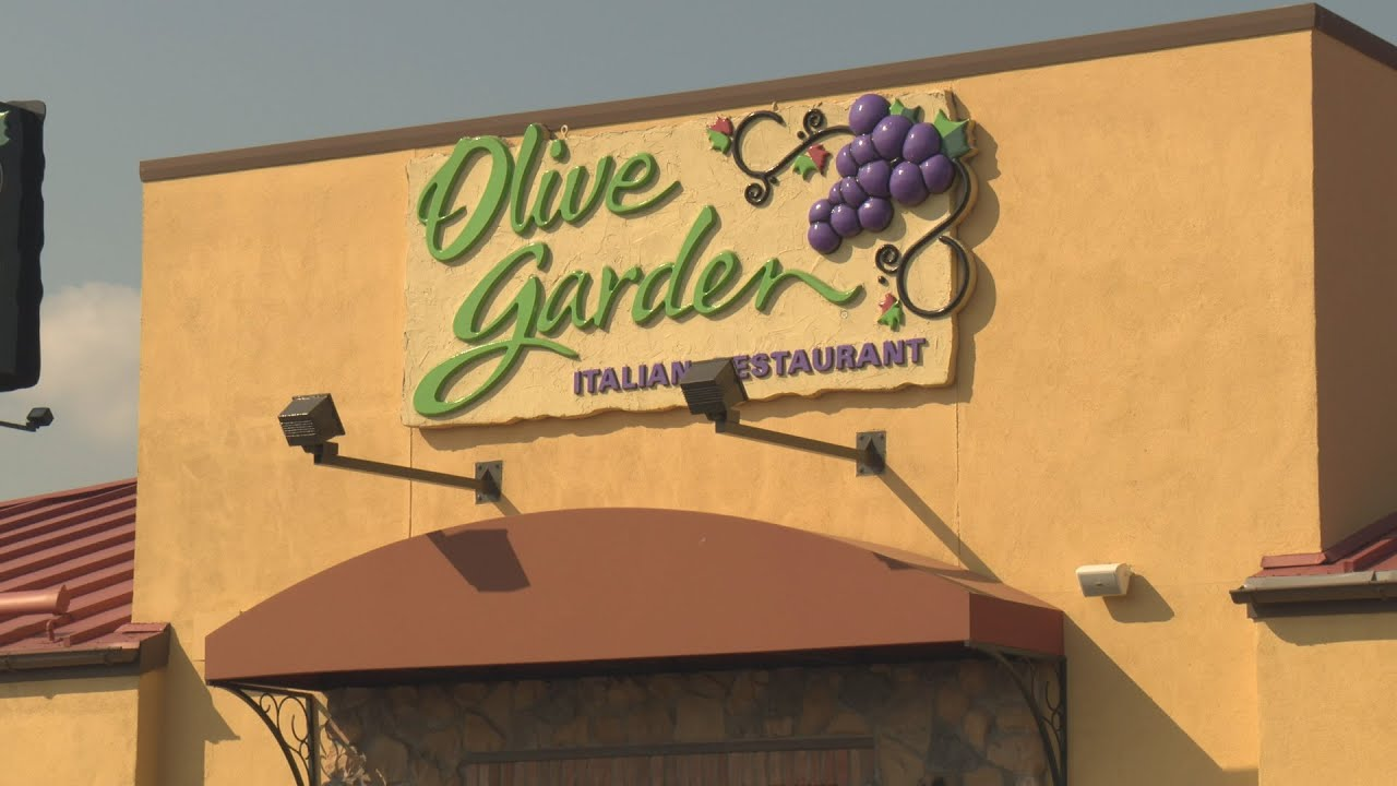 irving 39 s olive garden honored for work with disabled youtube