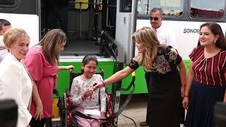 Entrega Gobernadora apoyos a personas con discapacidad y adultos mayores