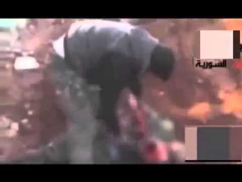 Rebelde Sirio se come el corazón de otro soldado