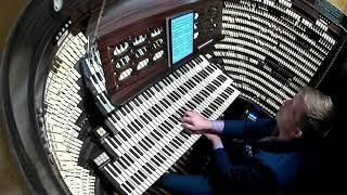 Organist Josh Stafford plays Bohemian Rhapsody on the largest pipe organ in the world