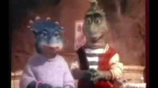 Промо ролик сериала Динозавры