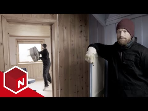 En helt vanlig dag - Flyttebyrået 'Flytt kjapt og billig' [English subtitles]