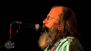 Steve Earle - Now She