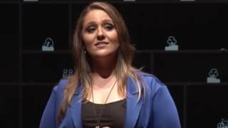 O que você faz da vida? | Lauren Aita | TEDxUnisinos