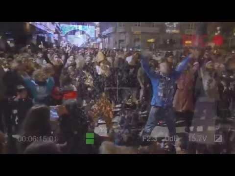 """13/12/2014 VIDEO OFICIAL - Flashmob """"Fireball"""" Navidad Centro Príncipe Vigo - 19:00 h"""