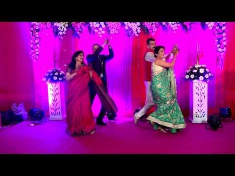 Indian Wedding | Sangeet Dance Performance By Groom's Parents | London Thumakda