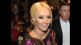 Элегантная и стильная мама Леры Кудрявцевой произвела настоящий фурор среди поклонников