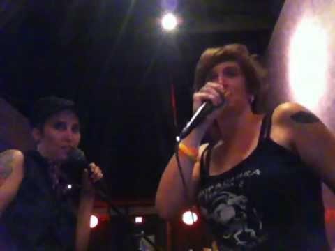 jen&coco, tagteam karaoke queens, sing ??