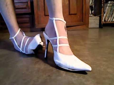 7dfebd4af943 destroy high heels white patent .MP4