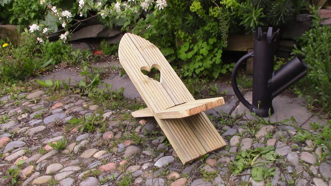 Make a Folding Viking Chair - Easy DIY Project - YouTube