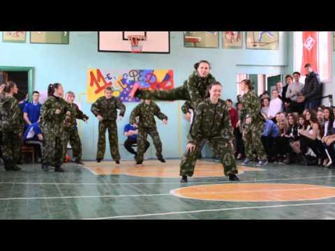 Танец девушек 'А ну-ка,парни!'(Агутин) 11 класс - Познавательные и прикольные видеоролики