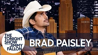 "Brad Paisley Debuts Unreleased Love Song ""First Cousins"""