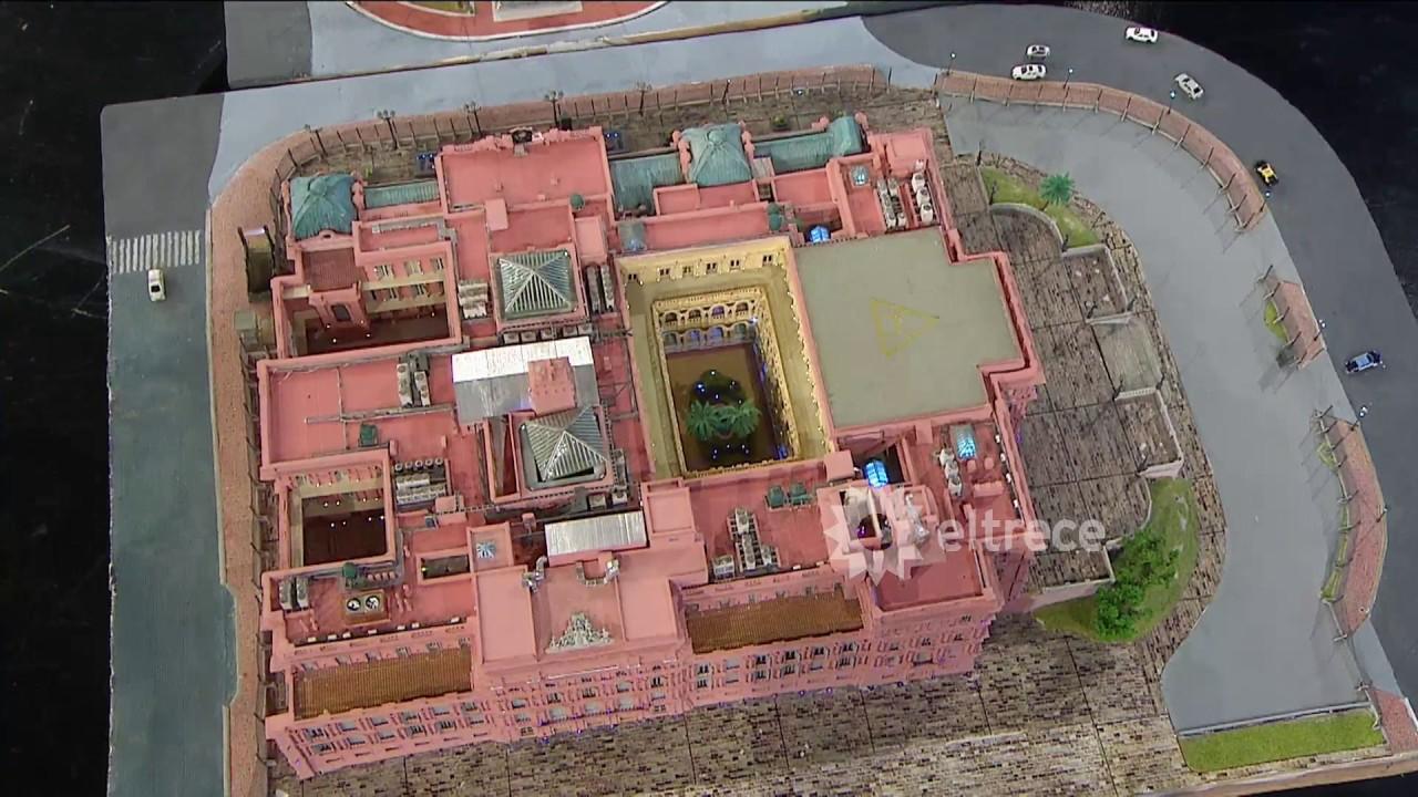 Tremenda maqueta de la Casa Rosada la Plaza de Mayo y el
