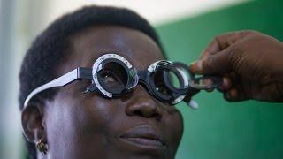 اللطخة الصفراء في العين… الاكتشاف المبكر يبعد خطر العمى