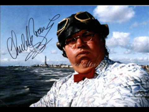Who the fuck is alice - Roy Chubby Brown.wmv
