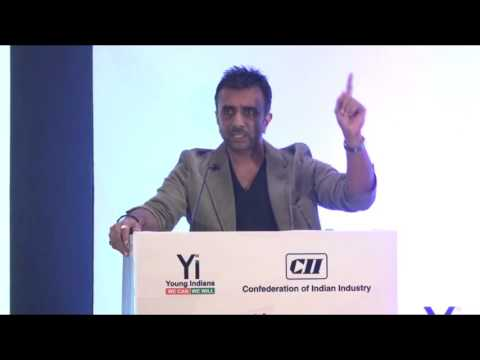Yi Youth Conclave @ Pune – 2015: Session with Sanjay Gadhvi, Renowned Bollywood Film  Director