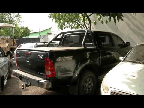 Bandidos invadem igreja, roubam fiéis e levam caminhonete