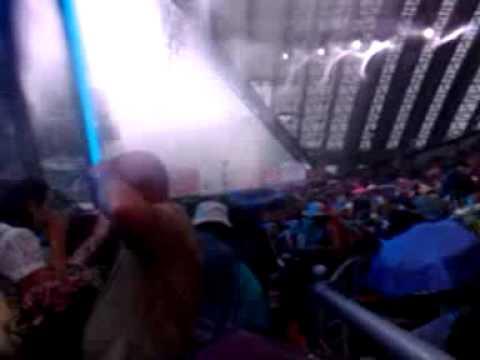 Потоп в амфитеатре перед концертом Леонтьева