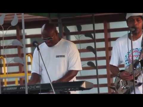 Makare Fiji goin Jazz