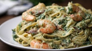 Shrimp Spinach Bacon Alfredo by : Tasty
