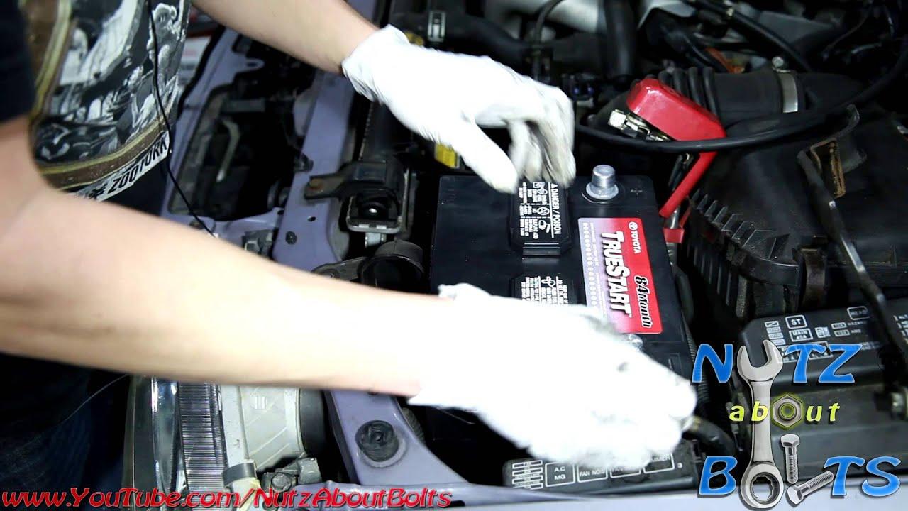2005 Tundra Fuse Box 1998 2008 Toyota Corolla Battery Remove And Install Youtube