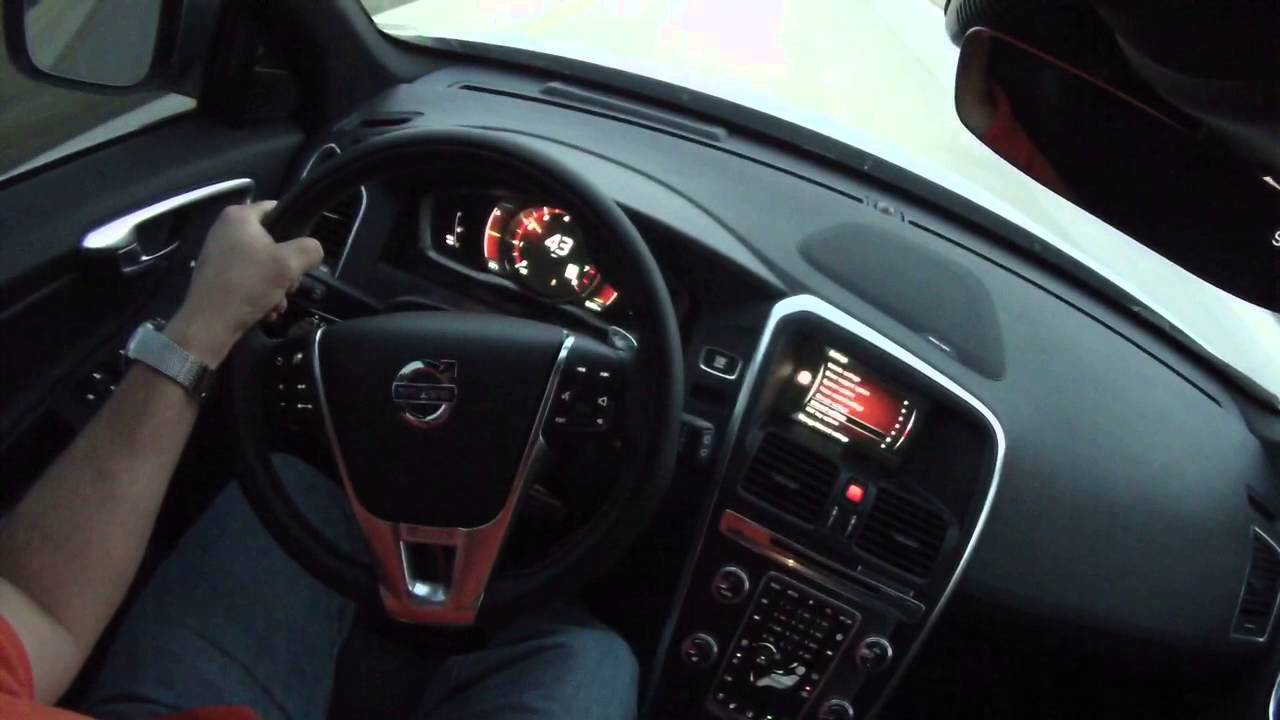 2015.5 Volvo XC60 R Design Acceleration - YouTube