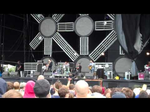 Thrice - Of Dust and Nations - live @ Reading Festival 2010 mp3