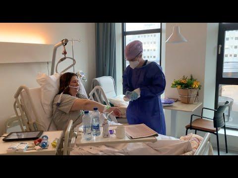 Hoe gaat het op de corona-afdeling in het ziekenhuis?