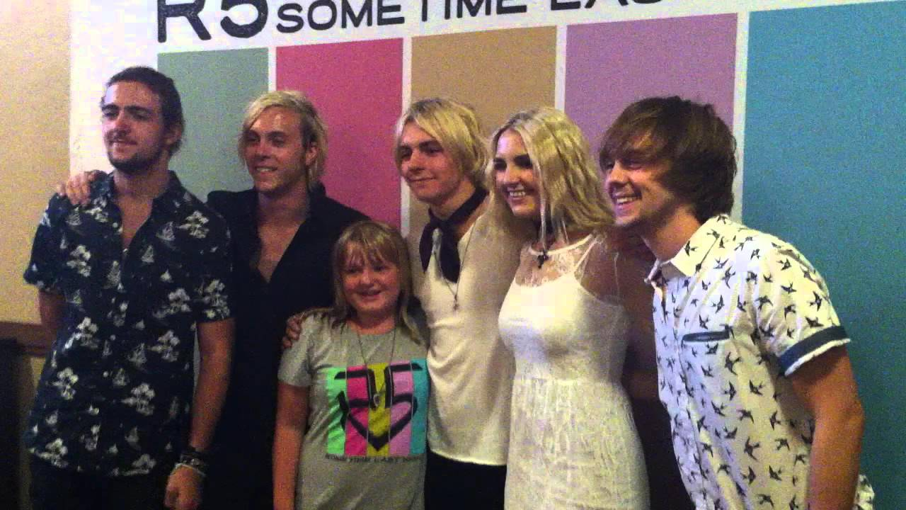 Meet and greet san jose ca 8 18 15 lucia meets r5 for the 1st meet and greet san jose ca 8 18 15 lucia meets r5 for the 1st time m4hsunfo