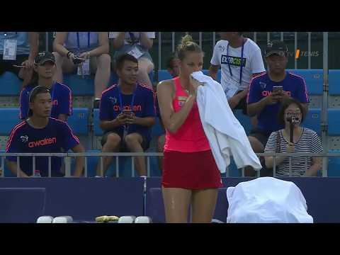 Kristýna Plíšková skrečovala zápas - zranil ji větrák