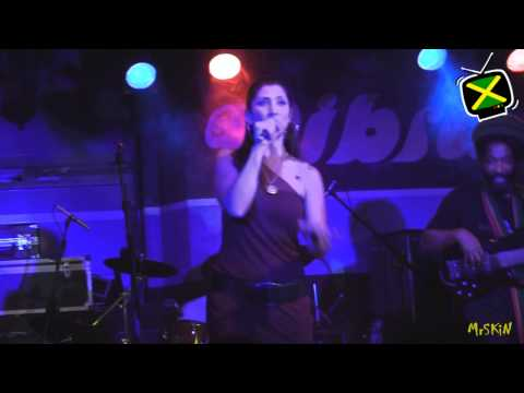Easy Star All Stars - She's Leaving Home - Live @ Vibra 19-2-11 6/ mp3