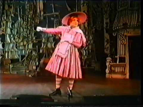 The Art Of  The Pantomime Dame: Billy Dainty 1927  1986