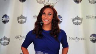 Vote for Miss Rhode Island 2011 Robin Bonner