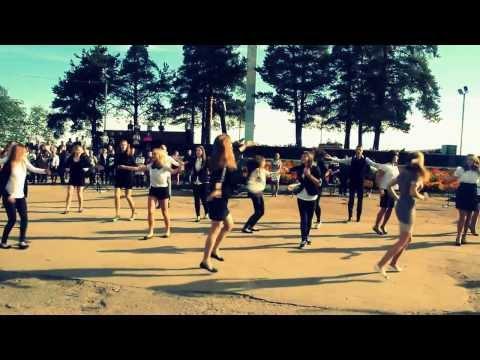Видео, флешмоб на 1 сентября школа 4 г.подпорожье while we young